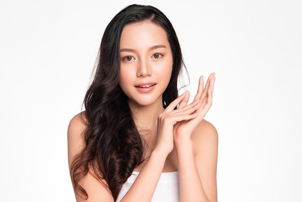 Collagen chiếm 70% cấu trúc da và quyết định độ đàn hồi và trẻ khỏe của da